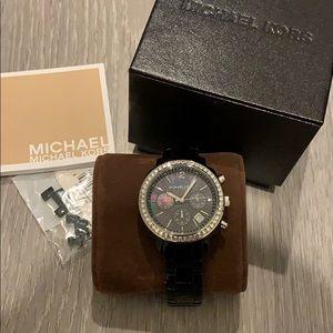 MIchael Kors 🖤chronograph crystal watch